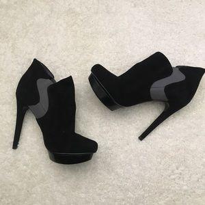 Bakers Elizabeth High Heel Booties Leather 6 Gray